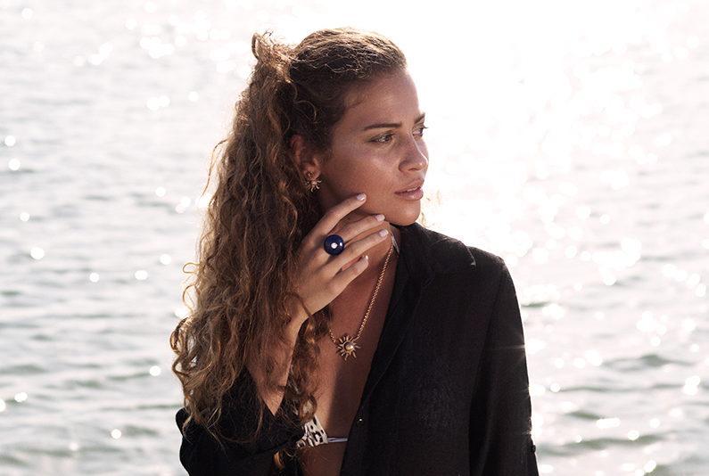 ellamada-campaign-mood-ring